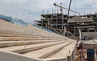 ATENCAO EDITOR FOTO EMBARGADA PARA VEICULO INTERNACIONAL - SAO PAULO, SP, 06 OUTUBRO 2012 -  OBRAS ITAQUERAO - Canteiro de obras do Estadio de Abertura da Copa do Mundo de 2014 no Brasil, apelidado de Itaquerao no bairro de Itaquera na regiao leste da capital paulista neste sabado, 06 FOTO: VANESSA CARVALHO - BRAZIL PHOTO PRESS.