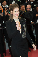 Cannes: Burning Premiere