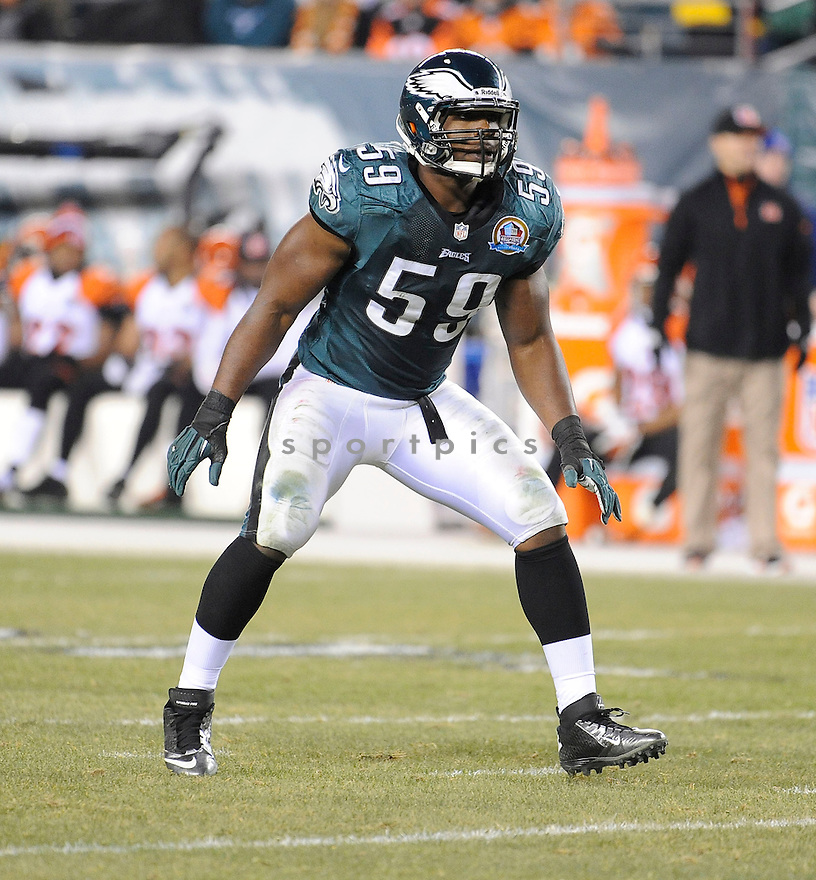 Philadelphia Eagles DeMeco Ryans (59) in action during a game against the Bengals on December 13, 2012 at Lincoln Financial Field in Philadelphia, PA. The Bengals beat the Eagles 34-13.