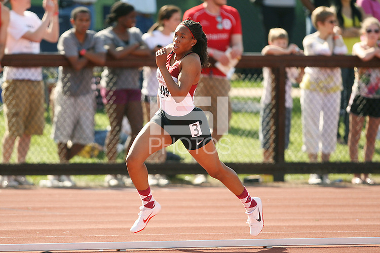 STANFORD, CA - MARCH 27:  Karynn Dunn of the Stanford Cardinal during the Stanford Invitational on March 27, 2010 at Cobb Track and Angell Field in Stanford, California.