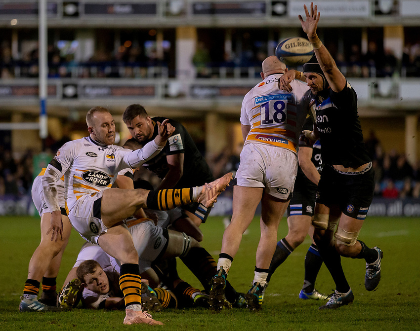 Wasps' Dan Robson in action during todays match<br /> <br /> Photographer Bob Bradford/CameraSport<br /> <br /> European Rugby Heineken Champions Cup Pool 1 - Bath Rugby v Wasps - Saturday 12th January 2019 - The Recreation Ground - Bath<br /> <br /> World Copyright © 2019 CameraSport. All rights reserved. 43 Linden Ave. Countesthorpe. Leicester. England. LE8 5PG - Tel: +44 (0) 116 277 4147 - admin@camerasport.com - www.camerasport.com