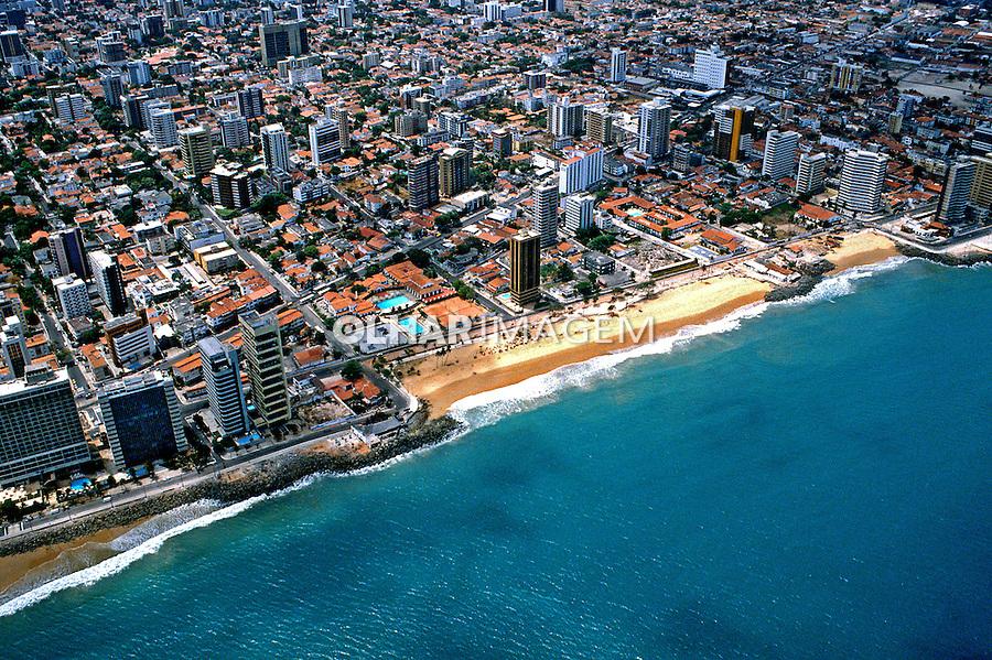Vista aérea da cidade de Fortaleza, Ceará. 1993. Foto de Juca Martins.