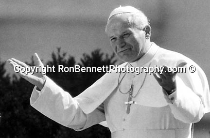 Pope John Paul II served as Supreme Pontiff of the Catholic Church and Sovereign of Vatican City and the only Polish Pope, , Photos by Photojournalist Ron Bennett, Fine Art Photography by Ron Bennett, Fine Art, Fine Art photography, Art Photography, Copyright RonBennettPhotography.com ©
