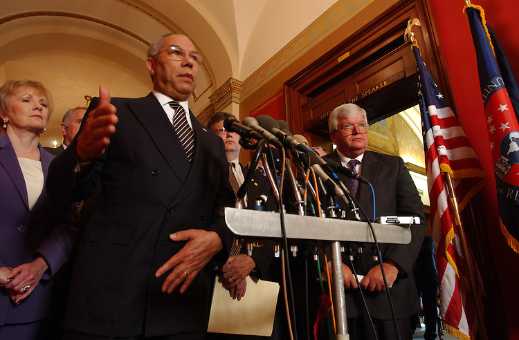 "Drugs5_072203 -- Secretary of State Colin Powell and the Speaker of the House J. Dennis Hastert, R-Ill., during a press conference on the Speaker's Task Force for a drug-free America and successes of ""Plan Colombia."""