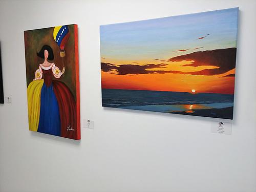 Obras de los artistas Eduardo Orozco y Rosa Landaez, ambos venezolanos.