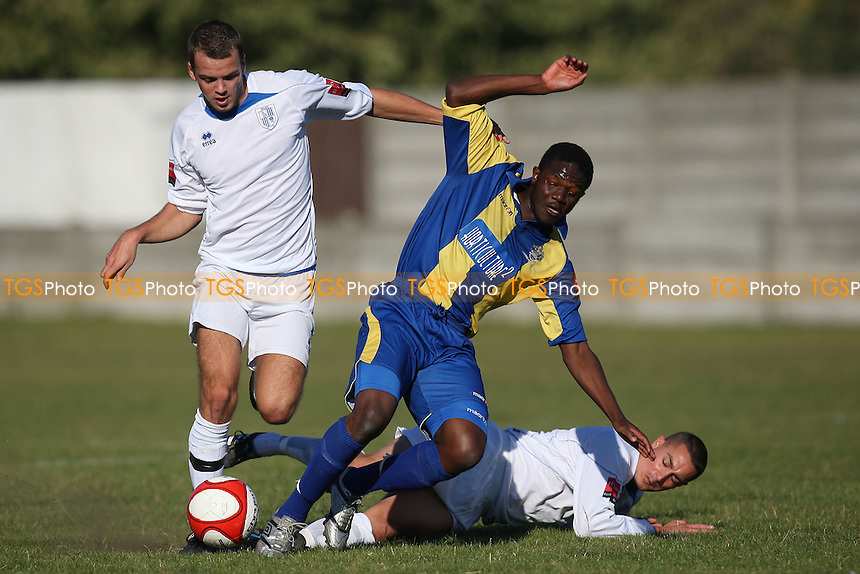 Abs Seymour in action for Romford - Romford vs Ware - Ryman League Division One North Football at Mill Field, Aveley FC - 15/10/11 - MANDATORY CREDIT: Gavin Ellis/TGSPHOTO - Self billing applies where appropriate - 0845 094 6026 - contact@tgsphoto.co.uk - NO UNPAID USE.