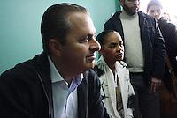 Osasco,SP - 28.07.2014 - INAUGURAÇÃO COMITÊ CASA DE EDUARDO E MARINA EM OSASCO EDUARDO CAMPOS E MARINA SILVA -  Foi inaugurada nesta manhã de segunda feira(28) o comitê intitulado casa de Eduardo e Marina do candidato a presidente Eduardo Campos com presença de sua vice Marina Silva em uma comunidade carente Jd. Aliança em Osasco- (Foto: Aloisio Mauricio / Brazil Photo Press)