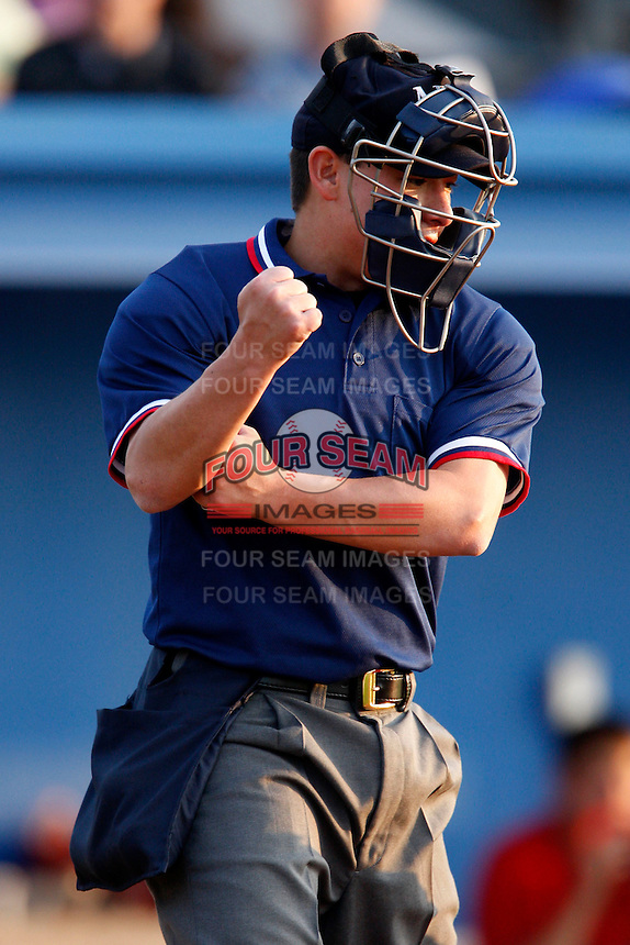 July 24, 2009:  Umpire Chris Nguyen during a NY-Penn League game at Dwyer Stadium in Batavia, NY.  Photo By Mike Janes/Four Seam Images