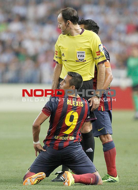FC Barcelona's Alexis Sanchez have words with the referee Antonio MIguel Mateu Lahoz during La Liga match.August 25,2013. Foto © nph / Acero)