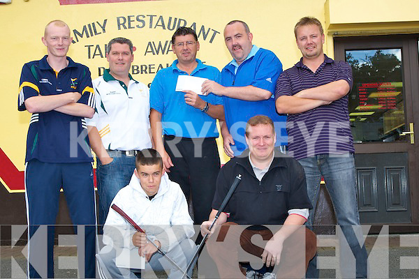 PITCH&PUTT: Paul Riordan of Buger Shack, Tralee seeing the senior mens pitch & putt team off on Thursday morning to play in the all Ireland Pitch & Putt final in Kildare over the week-end. Front l-r: Danny Roche and Declan O'Connell. Back l-r: Jonathan Goodall, Des Hurley,Paul Riordan (Buger Shack), Aidan O'Sullivan and Jason O'Regan..