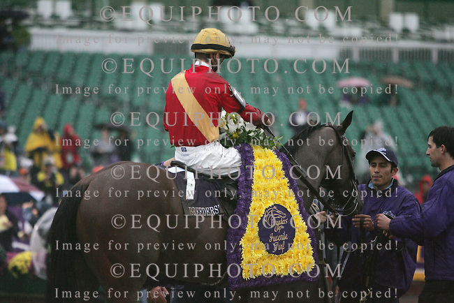 Nownownow #7 with Julien Leparoux riding won the $1,000,000 Breeders' Cup Juvenile Turf at Monmouth Park in Oceanport, N.J.. 10/26/07. Photo By Jonathan Henderson/EQUI-PHOTO