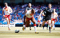 PICTURE BY VAUGHN RIDLEY/SWPIX.COM - Rugby League - Super League Magic Weekend - Catalans Dragons v London Broncos - Eithad Stadium, Manchester, England - 27/05/12 - Catalans Leon Pryce scores a try.