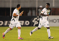 ENVIGADO -COLOMBIA-17-05-2013. Aldair Murillo (D)  del Quindio celebra un gol en contra de Envigado durante partido de la fecha 16 Liga Postobón 2013-1 jugado en el estadio Polideportivo Sur de Envigado./ Quindio player Aldair Murillo (R) celebrates a goal against Envigado during match of the 16th date of Postobon  League 2013-1 at Polideportivo Sur stadium in Envigado.  Photo: VizzorImage/Luis Ríos/STR