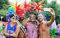 Nederland Amsterdam 2016 07 23.    EuroPride 2016 begint met Roze Zaterdag in het Vondelpark. Pride Walk door de stad. Foto mag niet in negatieve context gebruikt worden.  Foto Berlinda van Dam / Hollandse Hoogte