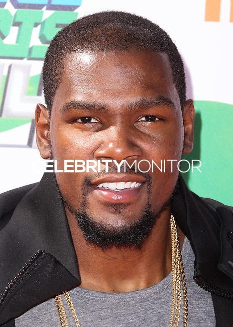 WESTWOOD, LOS ANGELES, CA, USA - JULY 17: Kevin Durant at the Nickelodeon Kids' Choice Sports Awards 2014 held at UCLA's Pauley Pavilion on July 17, 2014 in Westwood, Los Angeles, California, United States. (Photo by Xavier Collin/Celebrity Monitor)