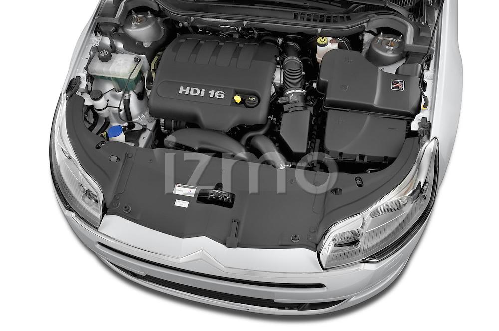 High angle engine detail of a 2010 Citroen C5 Confort 4 Door Sedan 2WD