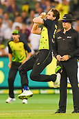 10th February 2018, Melbourne Cricket Ground, Melbourne, Australia; International Twenty20 Cricket, Australia versus England;  Kane Richardson of Australia bowls