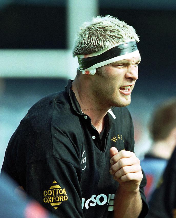 Photo. Richard Lane.Wasps v London Scottish. 2/5/99..Simon Shaw.