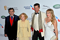 BEVERLY HILLS, CA. October 26, 2018: Ian Hollis, Sarah Miles, Francis O'Toole & Kelsey Deanne at the 2018 British Academy Britannia Awards at the Beverly Hilton Hotel.<br /> Picture: Paul Smith/Featureflash