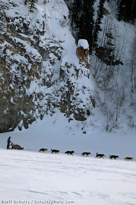 John Baker on Yukon River Near Ruby Alaska.2004 Iditarod