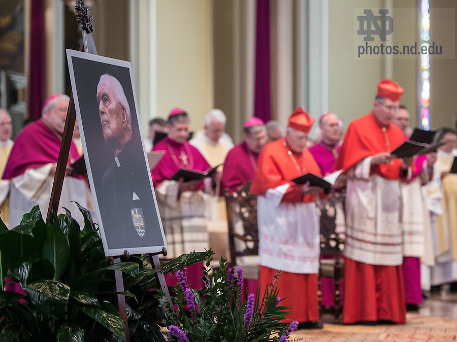Mar. 4, 2015; Funeral of President Emeritus Rev. Theodore M. Hesburgh, C.S.C. in the Basilica of the Sacred Heart. (Photo by Barbara Johnston/University of Notre Dame)