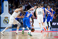 Real Madrid's Sergio Rodríguez and Khimki Moscow's Tyrese Rice during Euroleague match at Barclaycard Center in Madrid. April 07, 2016. (ALTERPHOTOS/Borja B.Hojas) /NortePhoto