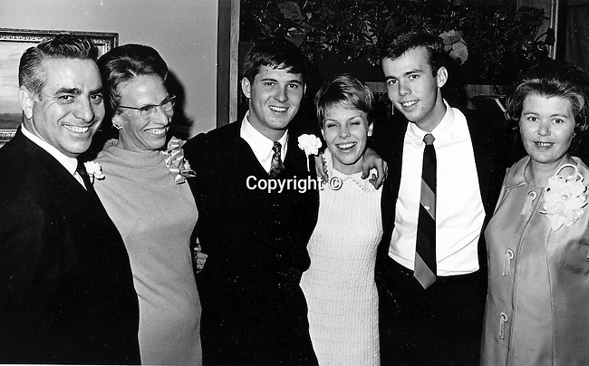 David H. Kennerly family Tunny and JoAnn Kennerly and Ron Bennett, Photographer David H. Kennerly with his parents, DHK,  Tunney, JoAnne, Kennerly family,