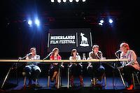 20110923 - Utrecht - Foto: Ramon Mangold - NFF 2011 - Nederlands Filmfestival - .Een seminar onder leiding van Clairy Polak (R) neemt de documentaire als spiegel van de Nederlandse samenleving onder de loep. In het panel (VLNR) de documentairemakers Geertjan Lassche ('Mannenbroeders van Kootjebroek'), Monique Lesterhuis en Suzanne Raes ('Sta me bij') en Maaik Krijgsman ('Nederwiet').