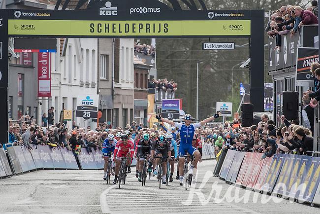 Marcel Kittel (GER/Quick Step Floors) wins the Scheldeprijs for a record 5th time (in 6 years)<br /> <br /> 105th Scheldeprijs 2017 (1.HC)<br /> 1 Day Race: Mol &rsaquo; Schoten (BEL/202km)