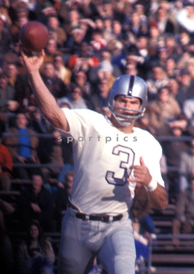 Oakland Raiders Daryle Lamonica (3) in action in game against the Baltimore Colts on January 3, 1971 at Memorial Stadium, in Baltimore, Maryland. The Colts beat the Raiders 27-17.