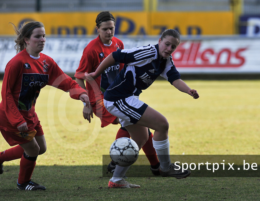 Rassing Harelbeke  - Oud Heverlee Leuven OHL : .Foto David Catry / vrouwenteam.be / loft6.be