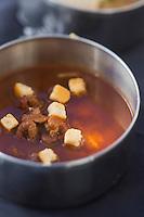 Europe/France/73/Savoie/Val d'Isère: Quenelle et filet de brochet avec sa fricassée de champignons, recette du restaurant: La Fruitière  à l'arrivée de la télécabine de la Daille,