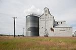Corrugated grain elevator and grain storage tank, Winona, Wash...(General Mills Sperry Division)