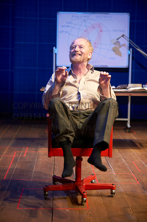 A Life of Galileo by Bertolt Brecht, translated by Mark Ravenhill. A Royal Shakespeare Company Production directed by Roxana Silbert.  With Ian McDiarmid as Galileo Galilei. Opens at The Swan Theatre Statford Upon Avon  on 12/2/13. CREDIT Geraint Lewis