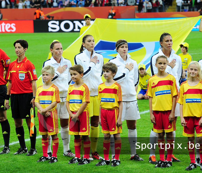 Fifa Women's World Cup Germany 2011 : Japan - USA  at Commerzbank Arena Frankfurt : Christie Rampone , Hope Solo , Amy Le Peilbet en Shannon Boxx.foto DAVID CATRY / Vrouwenteam.be