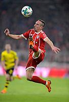 31.03.2018, Football 1. Bundesliga 2017/2018, 28.  match day, FC Bayern Muenchen - Borussia Dortmund, in Allianz-Arena Muenchen. Franck Ribery (FC Bayern Muenchen) springt  Ball. *** Local Caption *** © pixathlon<br /> <br /> Contact: +49-40-22 63 02 60 , info@pixathlon.de