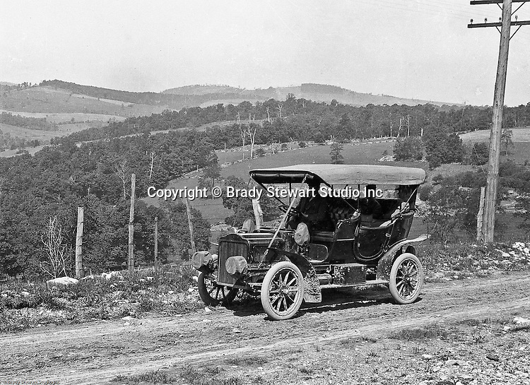 Irwin PA: Brady Stewart and friends out for a Sunday drive in the new Buick Model F - 1906