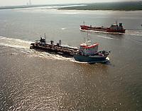 Mei 1994. Trailing Suction Hopper Dredger Jade River van DEME.