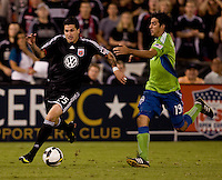 Santino Quaranta, Leonardo Gonzalez. The Seattle Sounders defeated DC United, 2-1, to win the 2009 Lamr Hunt U.S. Open Cup at RFK Stadium in Washington, DC.
