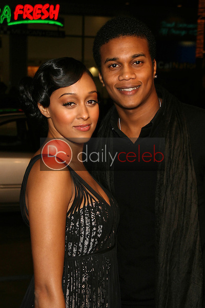 Tia Mowry and Cory Hardrict<br />at the World Premiere of &quot;P.S. I Love You&quot;. Grauman's Chinese Theatre, Hollywood, CA. 12-09-07<br />Dave Edwards/DailyCeleb.com 818-249-4998