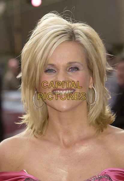 "LINDA BARKER.ITV's ""The Celebrity Awards"".London 26 September 2004.headshot, portrait, hoop earrings.www.capitalpictures.com.sales@capitalpictures.com.©Capital Pictures"