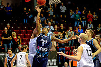 GRONINGEN - Basketbal, Donar - Weert, Dutch Baketball League, seizoen 2018-2019, 07-10-2018, Donar speler Jason Dourisseau op weg naar een score