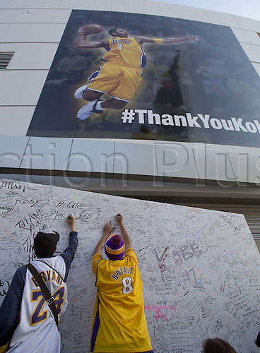 13.04.2016. Los Angeles, California, USA. Fans sign a Kobe Bryant wall prior to the game between the Los Angeles Lakers and the Utah Jazz at Staples Center in Los Angeles, California on Wednesday April 13, 2016. Bryant's last game