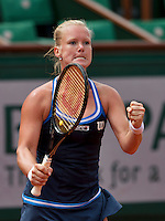 France, Paris, 02.06.2014. Tennis, French Open, Roland Garros, Kiki Bertens (NED) gets pumped up<br /> Photo:Tennisimages/Henk Koster