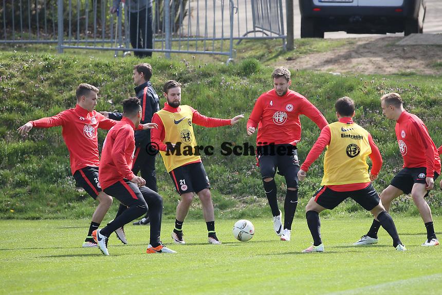 Luca Waldschmidt, Änis Ben Hatira, Marc Stendera, Marco Russ, Aleksandar Ignjovski, Sonny Kittel - Eintracht Frankfurt Training, Commerzbank Arena