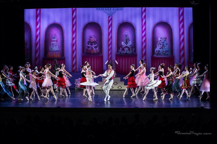 "Cary Ballet Company, ""Visions of Sugarplums"", Sat. Evening Performance, 19 Dec. 2015, Cary Arts Center, Cary, North Carolina."