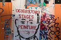 Europe/France/Ile-de-France/75011/Paris:  Affichage libre dérobé de sa fonction publicitaire, à force de frappes artistiques clandestines ce panneau situé Rue Oberkampf accueille depuis 2 ans une collection éphémère d'interventions commandées aux artistes avec le soutien de la mairie de Paris. www.associationlemur.com