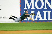 Lynchburg Hillcats right fielder Bobby Ison (40) makes a diving catch during a game against the Wilmington Blue Rocks on June 3, 2016 at Judy Johnson Field at Daniel S. Frawley Stadium in Wilmington, Delaware.  Lynchburg defeated Wilmington 16-11 in ten innings.  (Mike Janes/Four Seam Images)