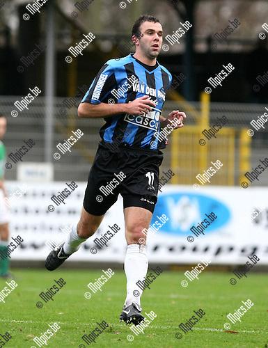2009-12-05 / Voetbal / seizoen 2009-2010 / Rupel Boom FC - Torhout / Jens Verroken..foto: mpics