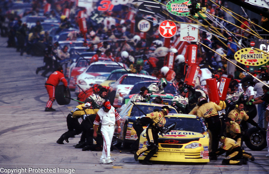 A busy pitroad at Homestead-Miami Speedway during the Pennzoil 400 in November 2000. (Photo by Brian Cleary)